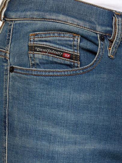 Diesel - D-Istort 009HC, Medium blue - Jeans - Image 3