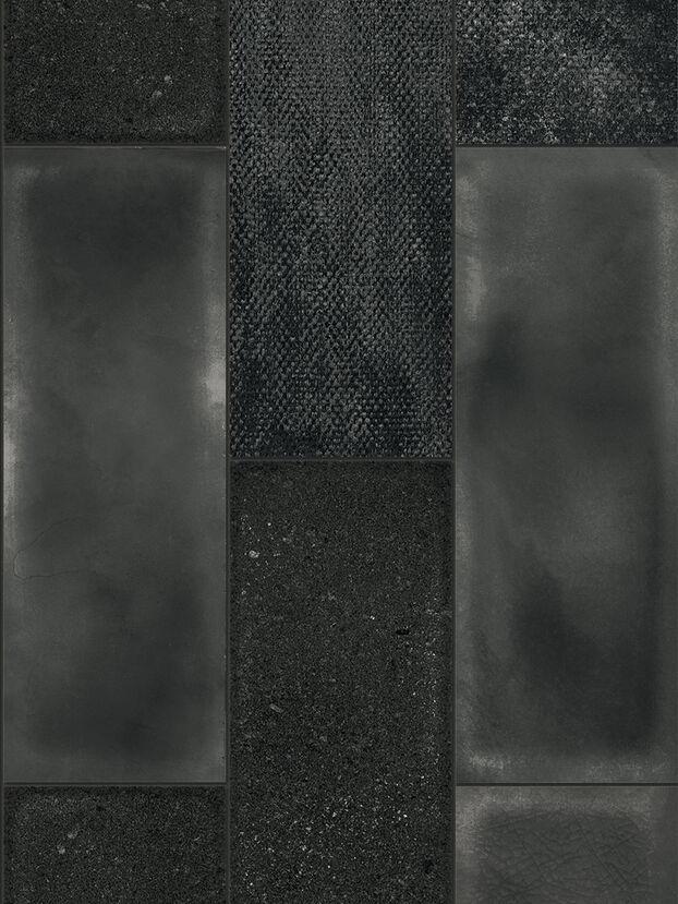 https://hr.diesel.com/dw/image/v2/BBLG_PRD/on/demandware.static/-/Sites-diesel-master-catalog/default/dw27d4c621/images/large/IRISCAMRBLA_01_O.jpg?sw=622&sh=829
