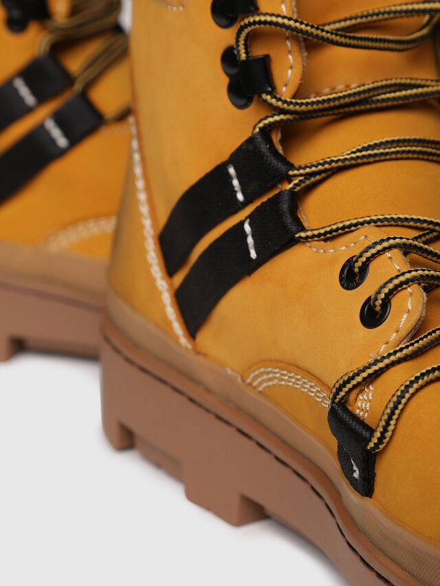 Diesel - D-VIBE HIKEB, Yellow Ocher - Boots - Image 4