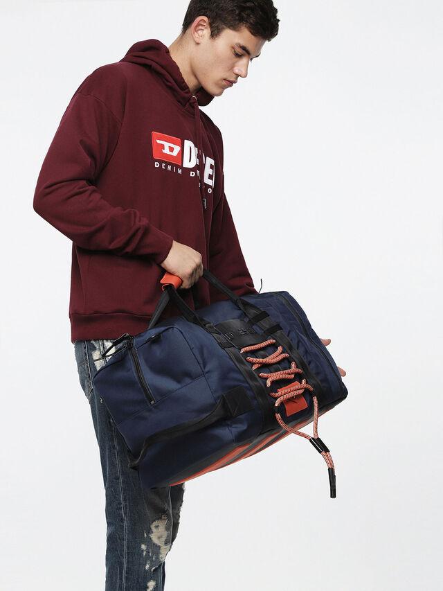 Diesel - M-CAGE DUFFLE M, Blue/Orange - Travel Bags - Image 5