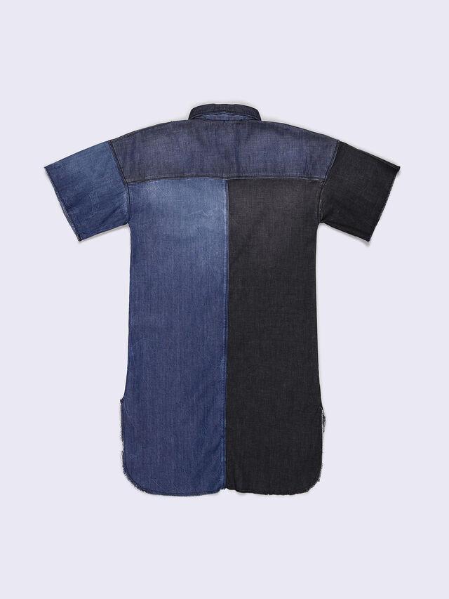 DELIE, Blue jeans