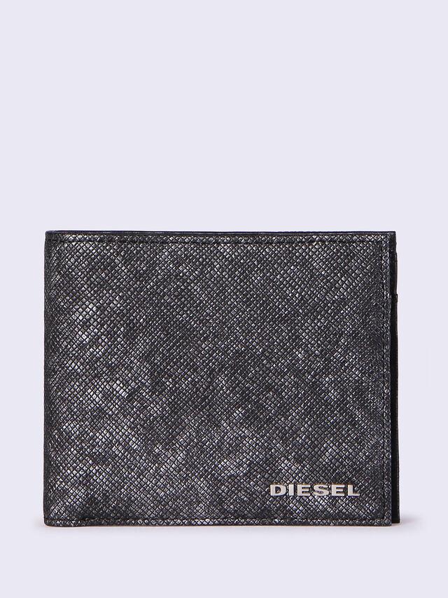 HIRESH S, Black/Grey