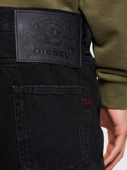 Diesel - D-STRUKT-SHORT, Black - Shorts - Image 4