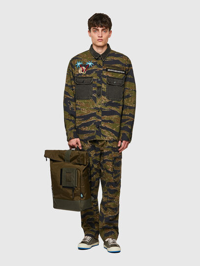 Diesel - S-BUNNELL-CMF, Military Green - Shirts - Image 5