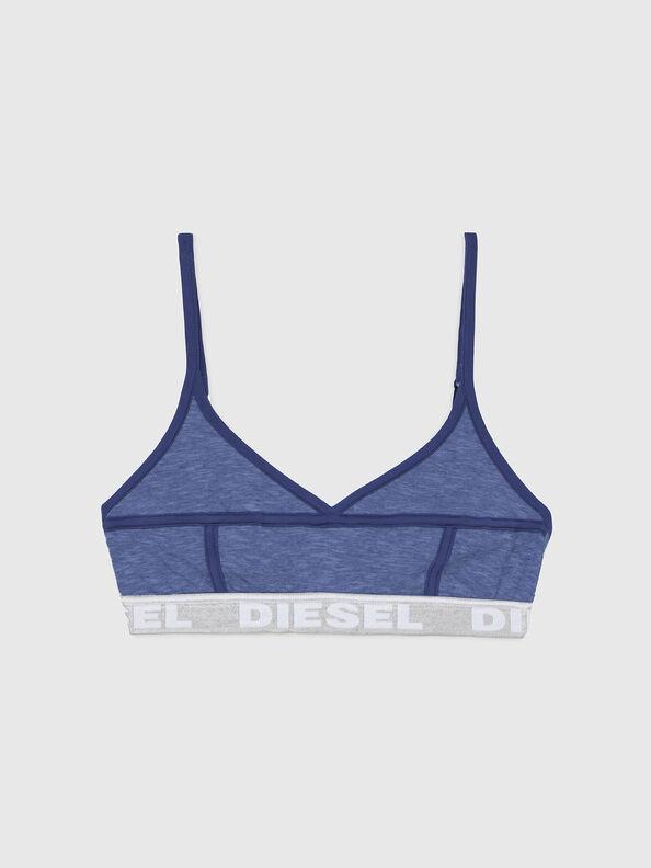 https://hr.diesel.com/dw/image/v2/BBLG_PRD/on/demandware.static/-/Sites-diesel-master-catalog/default/dw92037d20/images/large/A03195_0QCAY_8AR_O.jpg?sw=594&sh=792