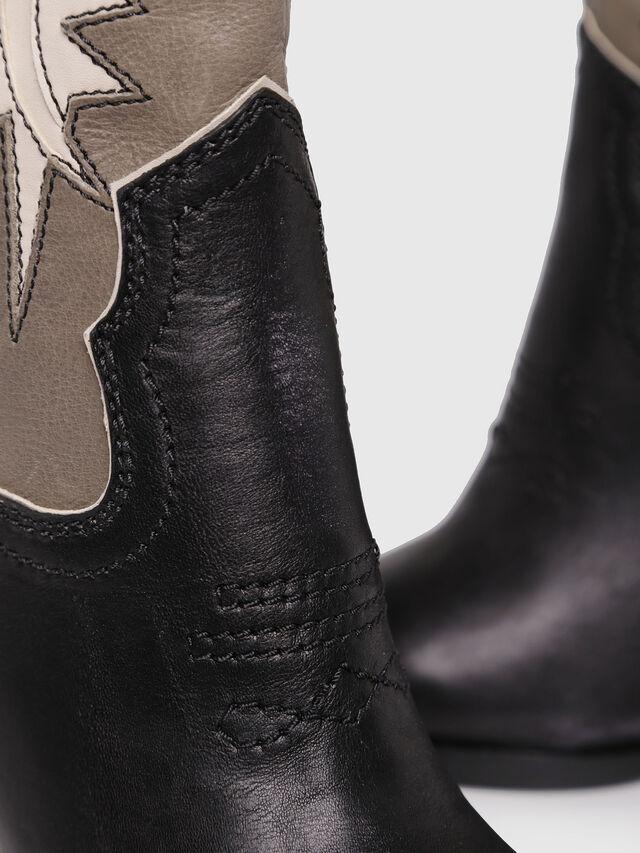 Diesel - D-WEST B, Black/Brown - Ankle Boots - Image 4