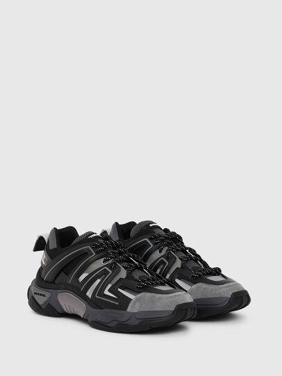 Diesel - S-KIPPER LOW TREK, Black - Sneakers - Image 2