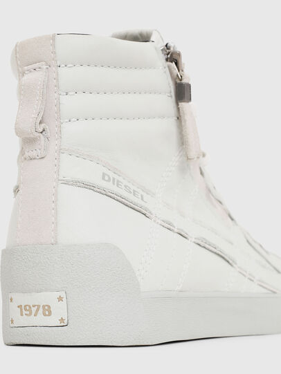 Diesel - D-STRING PLUS, White - Sneakers - Image 4