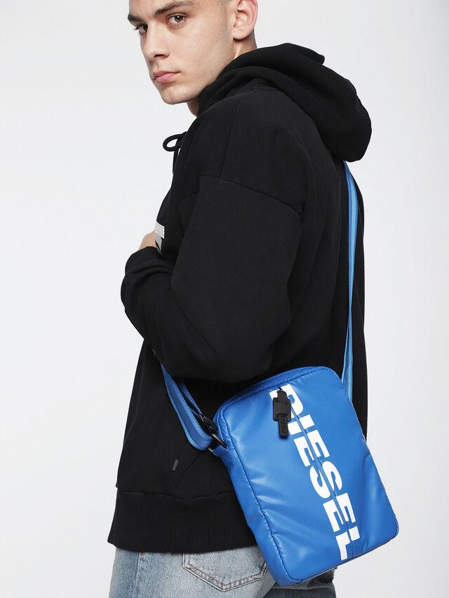 Diesel - F-BOLD SMALL CROSS, Brilliant Blue - Crossbody Bags - Image 5