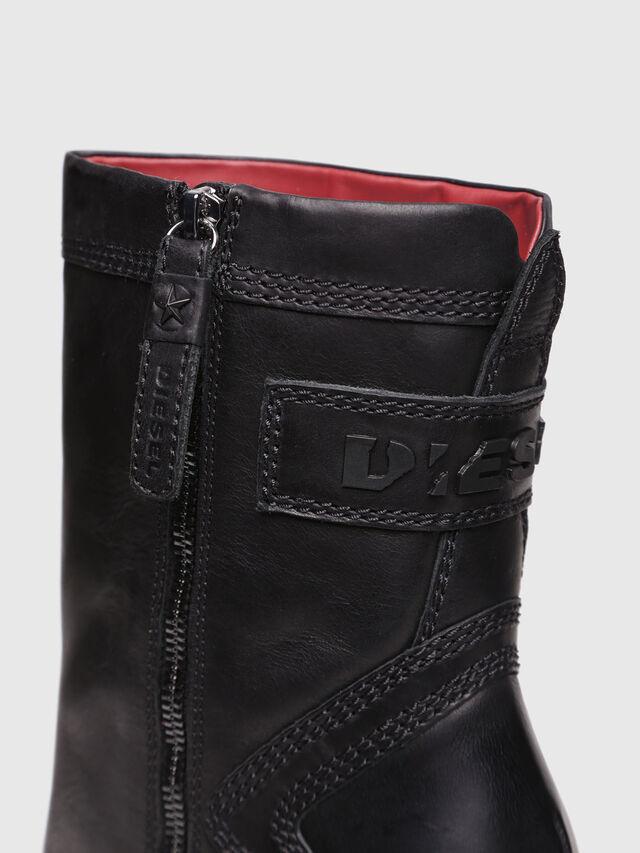 Diesel - D-FLAMINGO B, Black Leather - Ankle Boots - Image 4