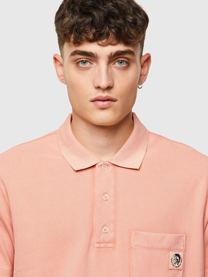 Diesel - T-POLO-WORKY-B1, Face Powder - Polos - Image 3