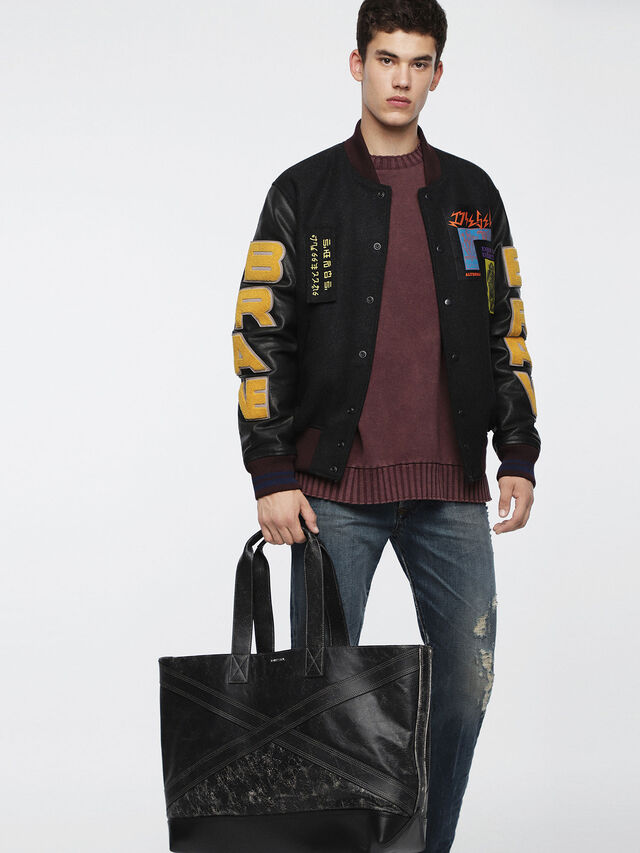 Diesel - L-BLAID RANNER SHOPP, Black Leather - Shopping and Shoulder Bags - Image 4